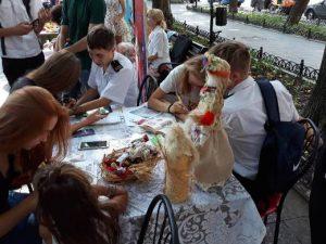 Юні одесити провели вернісаж мистецтва до Дня рідного міста