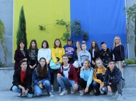 Волонтерка проекту GoCamp провела уроки в Одеській СШ №35