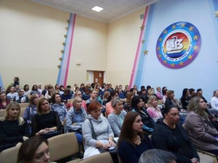 Суворовський район: триває Місячник «Зупинимо булінг разом!»