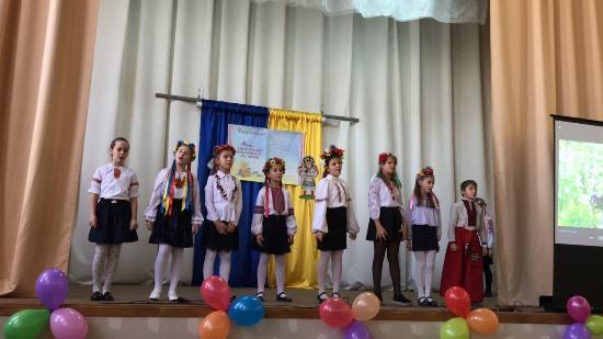 Одеські освітяни та школярі писали диктант національної єдності