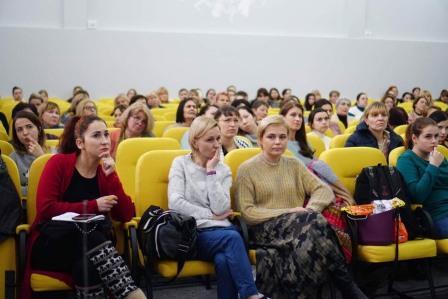 Зарубіжні фахівці провели для освітян конференцію з питань інклюзії