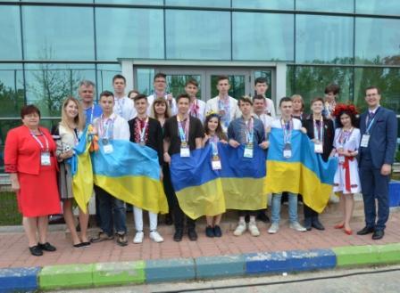 Одеські школярі - переможці Міжнародного конкурсу комп'ютерних проектів «INFOMATRIX— 2019»