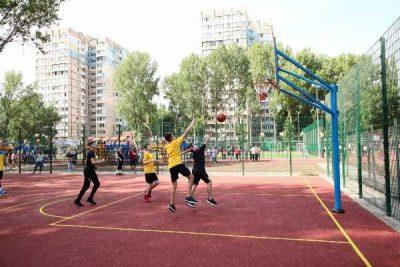 В Одесі відкрили сучасний багатофункціональний спортивний майданчик
