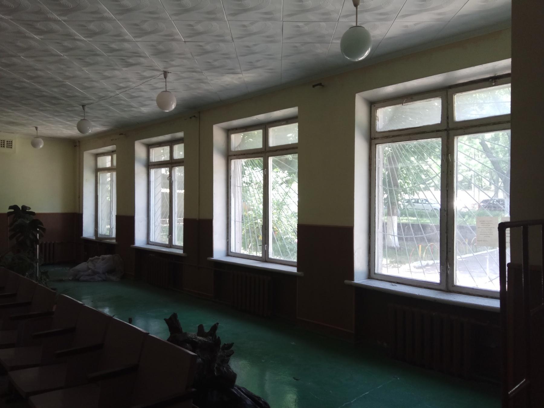 Одеська загальноосвітня школа №61 І-ІІІ ступенів Одеської міської ради Одеської області